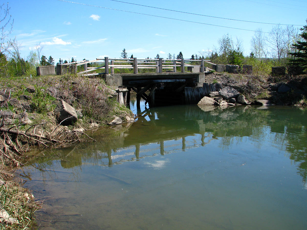 Bridge targeted for restoration work in the estuary of Little Cascapédia River. Photo credit: Gaspésie ZIP Committee
